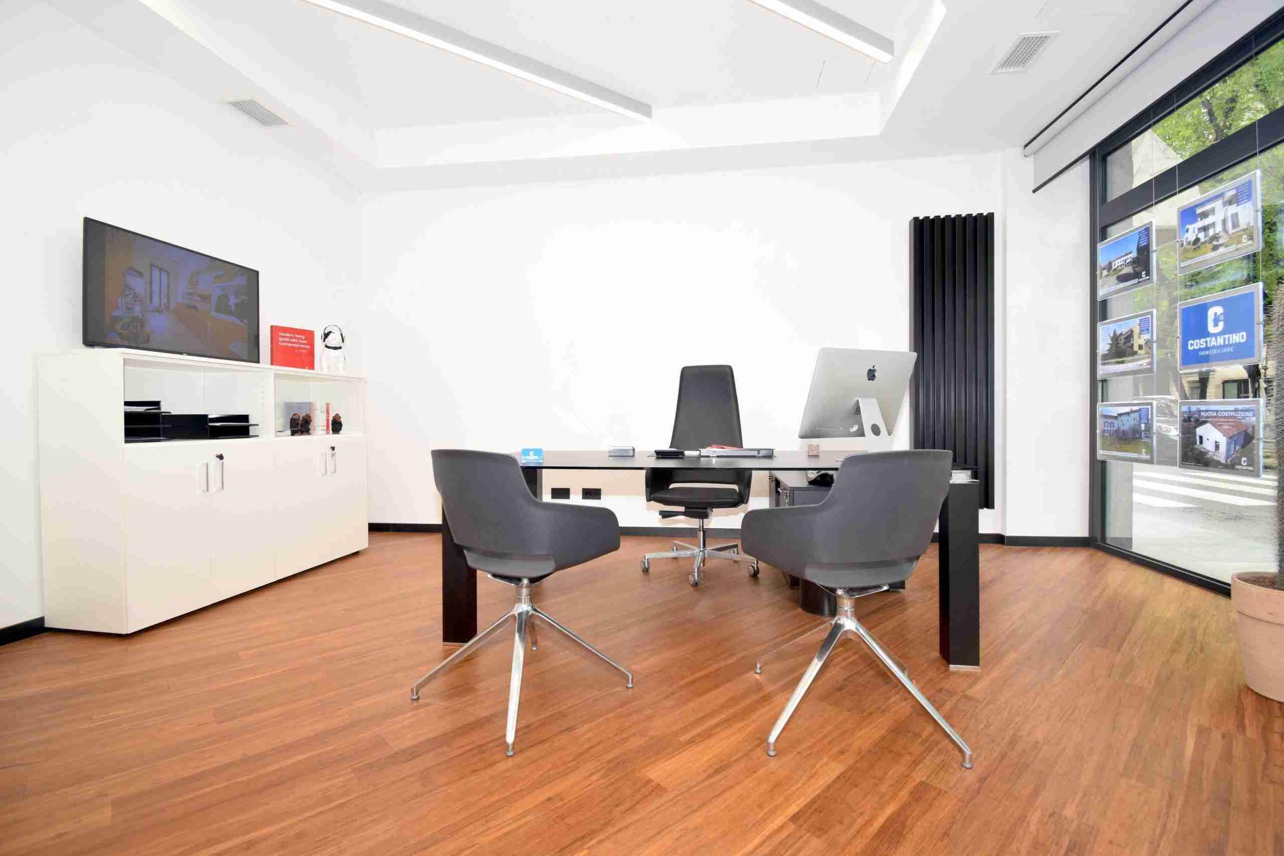 costantino-immobiliare-uffici-intermediazione-vercelli